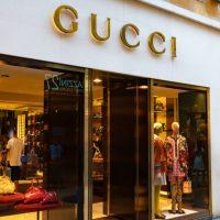 Gucciらの高級ファッションブランド、NFT市場参入か=Vogue Business
